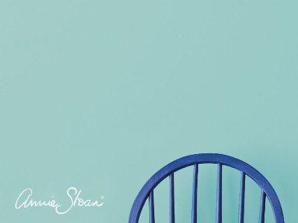 Farba nastenu Annie Sloan provence.