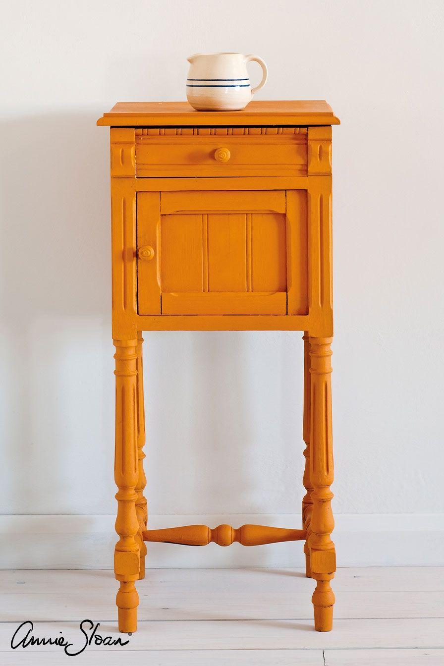 Barcelona orange stolík farba na nábytok