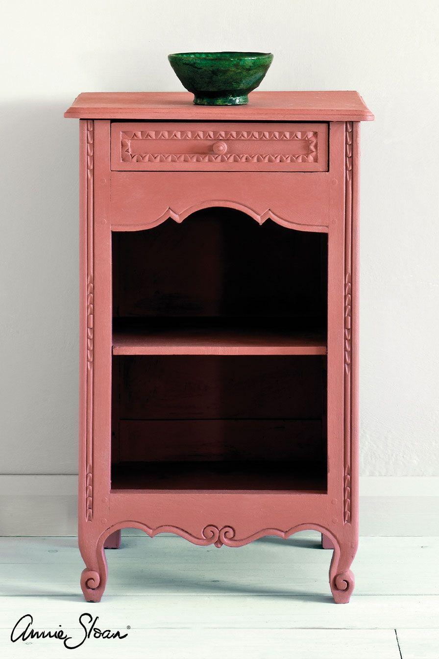 scandinavian pink stolík kriedová farba
