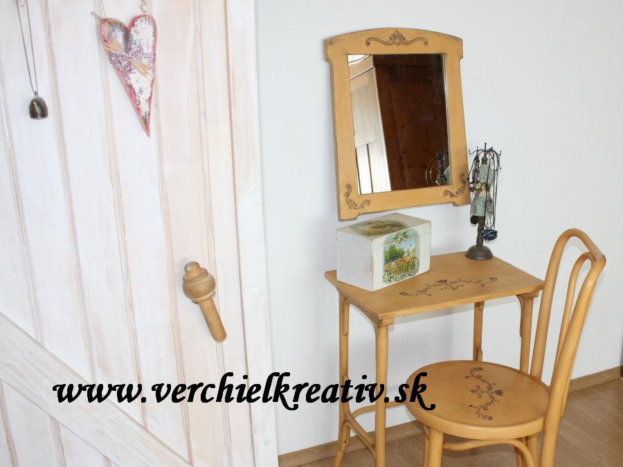 set THONET stolík, zrkadlo, stolička